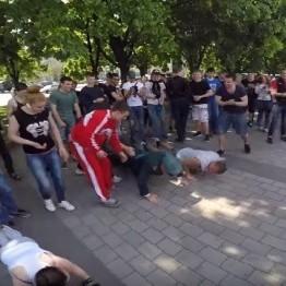 У Дніпропетровську дідусь у формі позмагався з молоддю (відео)