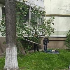 У Києві з вікна викинувся журналіст
