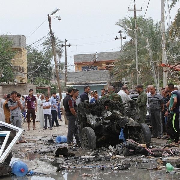 У Багдаді пролунали три вибухи