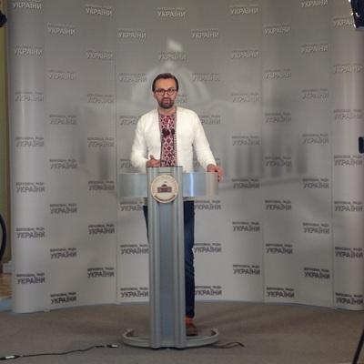 Лещенко оприлюднить документи про шалені тіньові витрати «Партії регіонів»