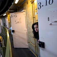 Нідерланди розміщують мігрантів в тюрмах (фото)