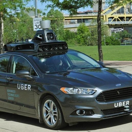 Uber почав тестувати власний безпілотний автомобіль
