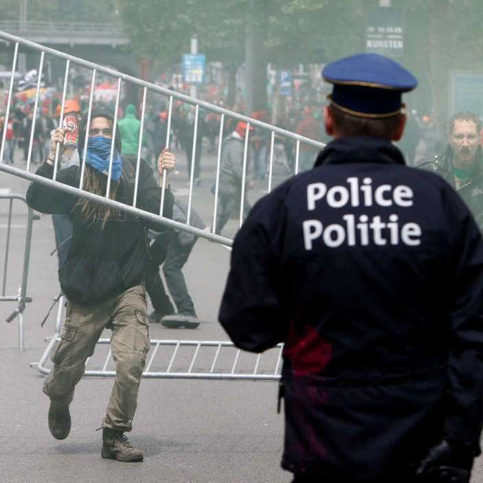 У Бельгії мітинг проти трудових реформ завершився сутичкою