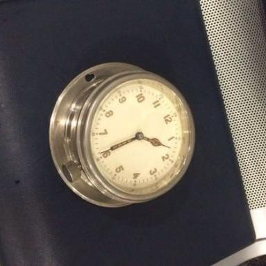 Британець намагався вивезти з України радіоактивний годинник