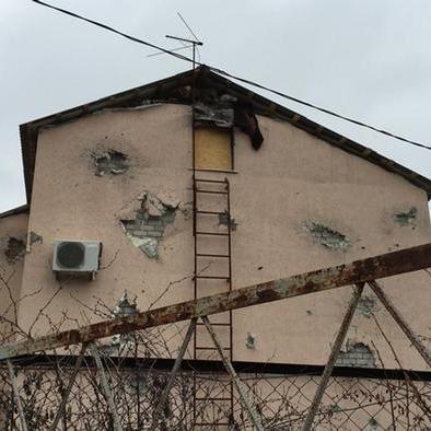 У тюрмах «ЛНР» та «ДНР» українців масово катують та використовують як рабів