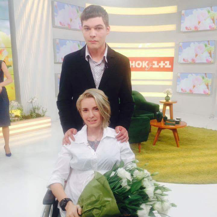 Яна Зінкевич розповіла, коли йде з коханим під вінець