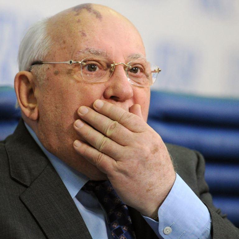 У Кремлі прокоментували інформацію про те, що Горбачов став персоною нон-грата в Україні