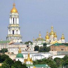 Прихильників Московського патріархату в Україні стало менше