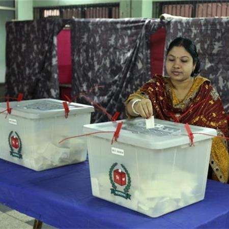 У Бангладеш місцеві вибори закінчилися смертями людей