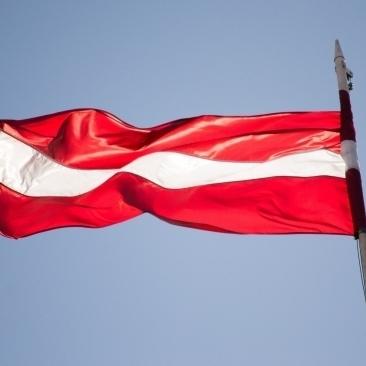 Біля кордонів Латвії зафіксували російські військові літаки