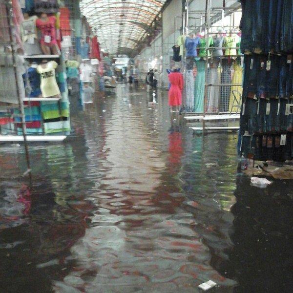Харків затопило в результаті сильної зливи (відео)