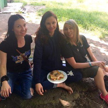 На Донбас приїхала ще одна зірка Голлівуду (ФОТО)