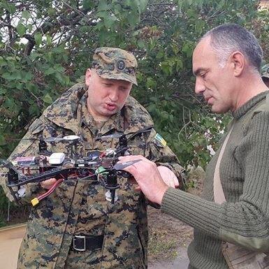 Турчинов вимагає виготовлення ударних безпілотників