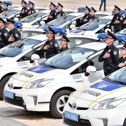 Поліцейські взяли під контроль трасу Київ-Чоп