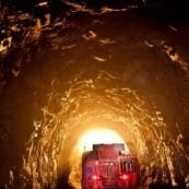 Пожежа на шахті в Росії заблокувала під землею понад 100 шахтарів