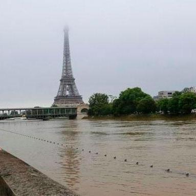 Повінь в Парижі принесла збитків на 600 млн євро