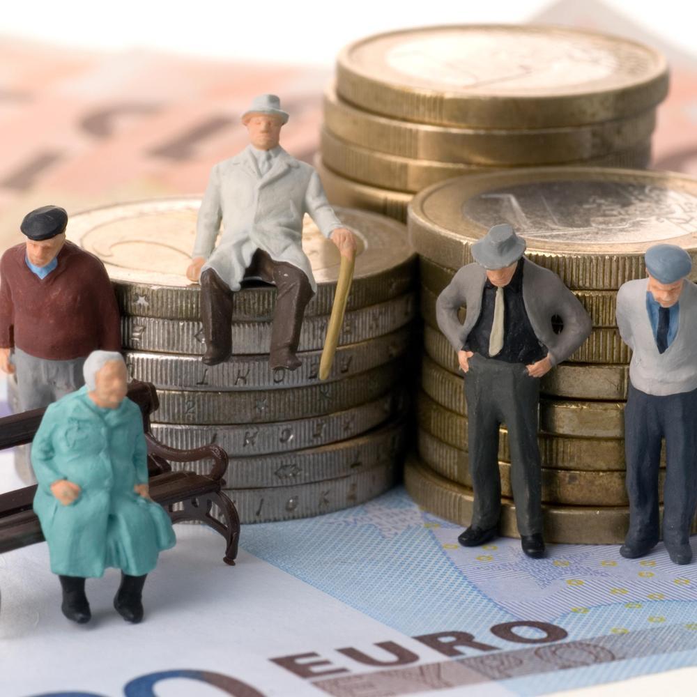 Українці отримують достатньо, щоб накопичити на пенсію, - Розенко