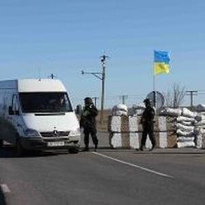 КПВВ «Зайцеве» закрили через роботу снайперів