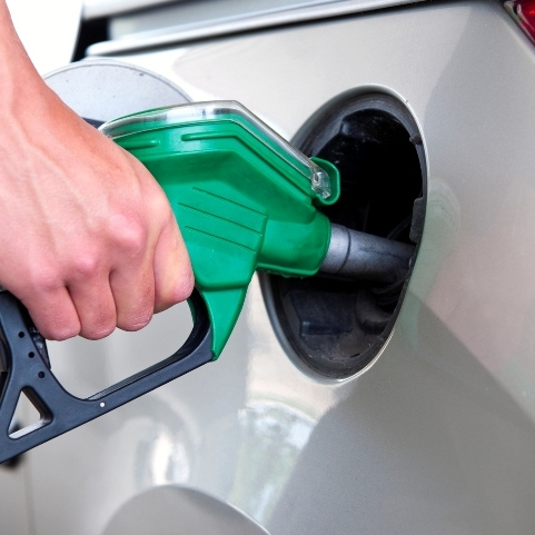 В Україні планують ввести новий податок на бензин
