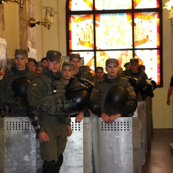 У Львівській міськраді сталася бійка (ВІДЕО)