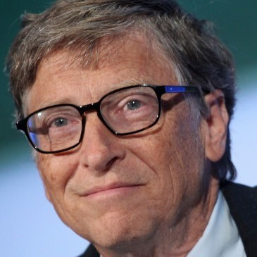 Найбагатша людина світу вирощуватиме курей в Африці
