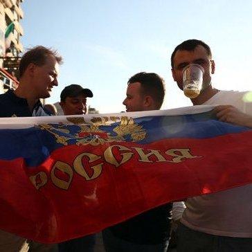 Російських вболівальників не пустили до Франції