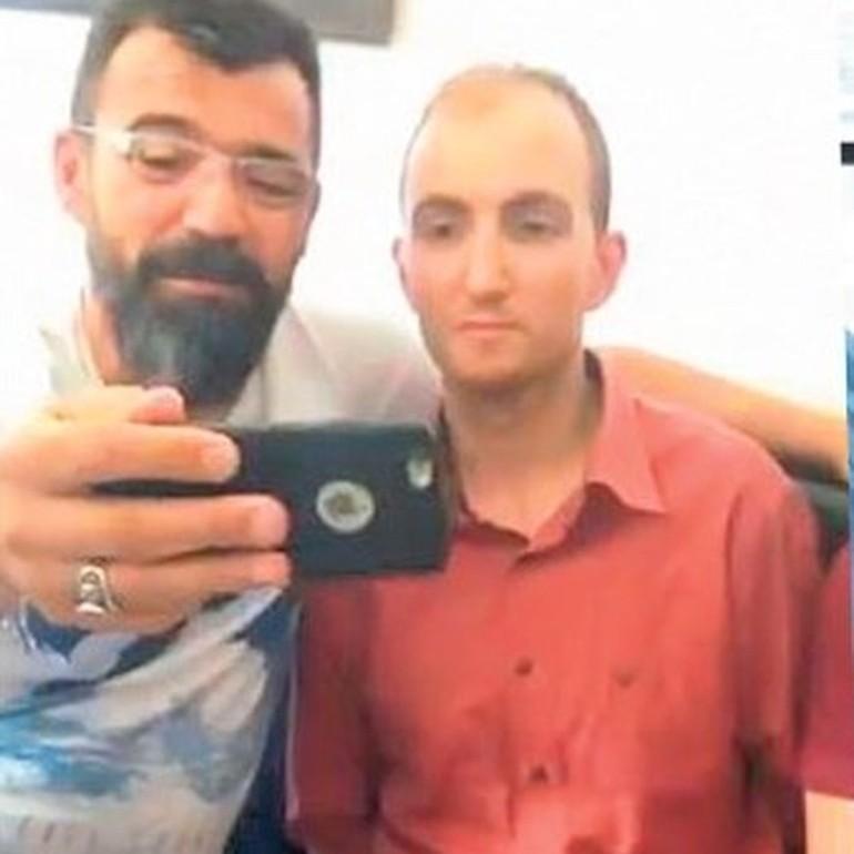 У Туреччині поліцейських відсторонили від служби через селфі з серійним вбивцею