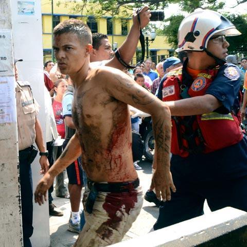 Через голодні бунти Венесуела пішла на переговори із США