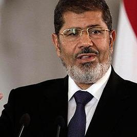 Екс-президента Єгипту засудили до довічного ув'язнення
