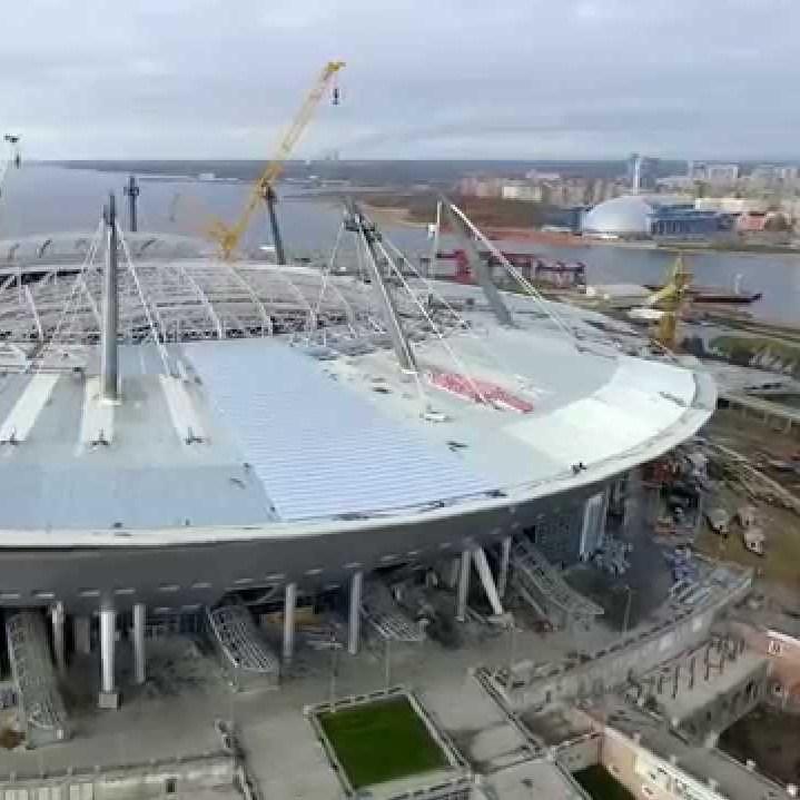 У Росії знесло дах майбутнього стадіону