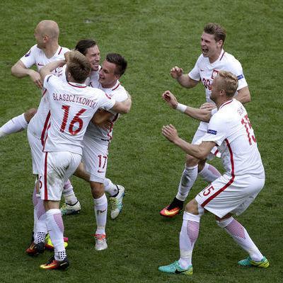 Польща стала першим чвертьфіналістом Євро-2016