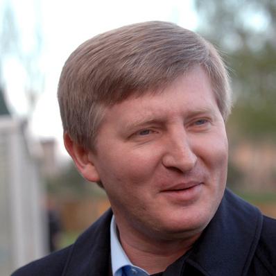 Ахметов запропонував Павелку взяти відповідальність за програш збірної України на Євро-2016