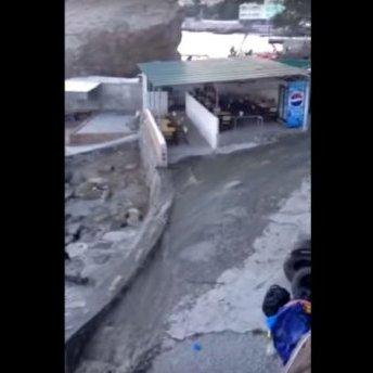 У Криму через бездіяльність окупантів фекалії течуть просто у море (ВІДЕО)