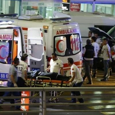 У лікарнях Стамбула після терактів в аеропорту залишаються двоє українців