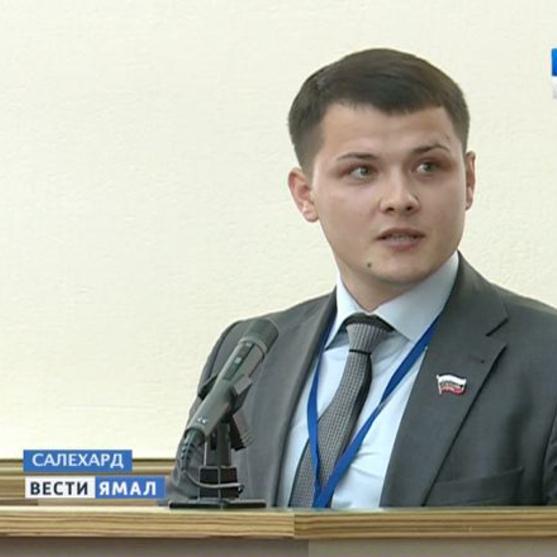 Російський депутат назвав співвітчизників, готових відпочивати в Туреччині, продажними та написав вірш