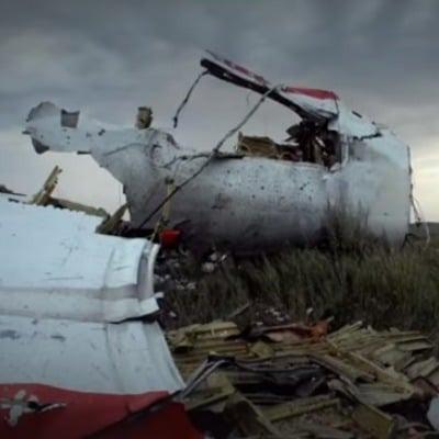 Німецькі комуністи відвідають місце збитого Боїнгу-777