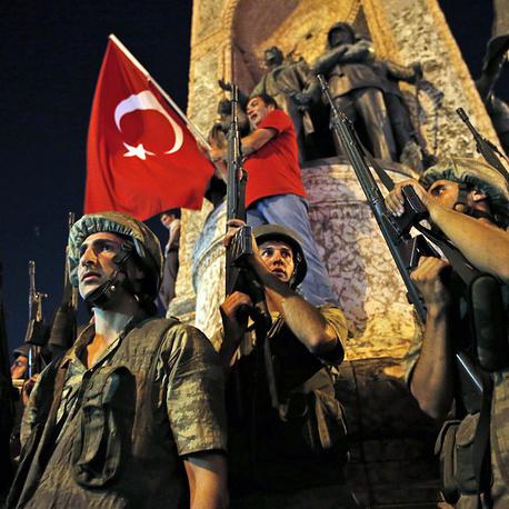 У Туреччині відсторонили близько 8000 поліцейських
