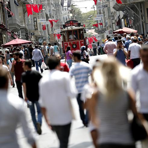 Відтепер турецькі держслужбовці не зможуть залишати межі країни