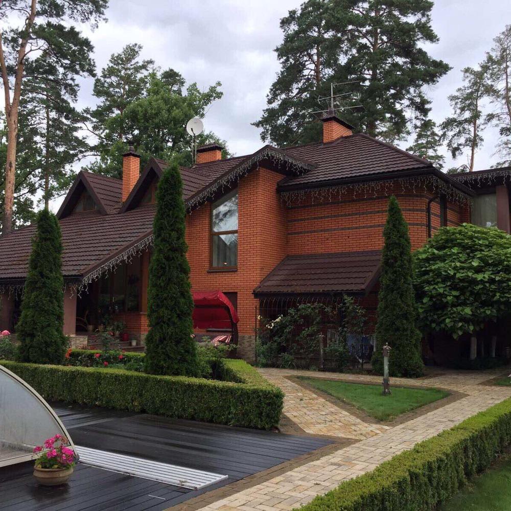 У ГПУ показали фото з маєтку мера Бучі
