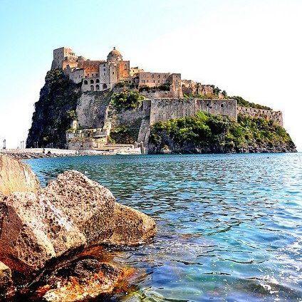 Читачі «Travel + Leisure» обрали найкрасивіший острів Європи