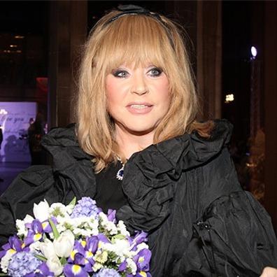 66-річна Алла Пугачова опублікувала селфі без макіяжу