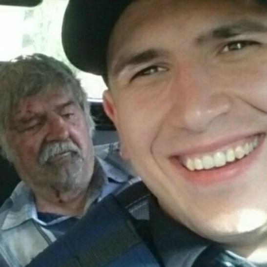 У Краматорську поліцейський зробив селфі на фоні закривавленого пенсіонера