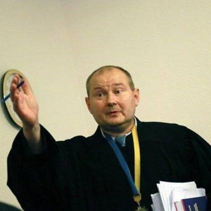 Суддя Чаус не прийшов на допит, у САП допускають силовий привід
