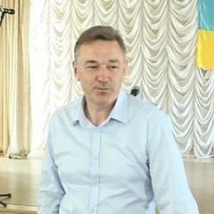 На Одещині звільнений президентом екс-голова РДА самовільно зайняв кабінет за допомогою тітушек