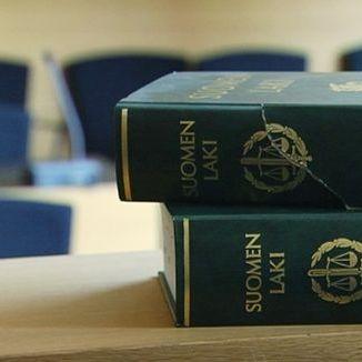 У Фінляндії вчительку засудили до чотирьох років в'язниці за сексуальне насильство над учнями