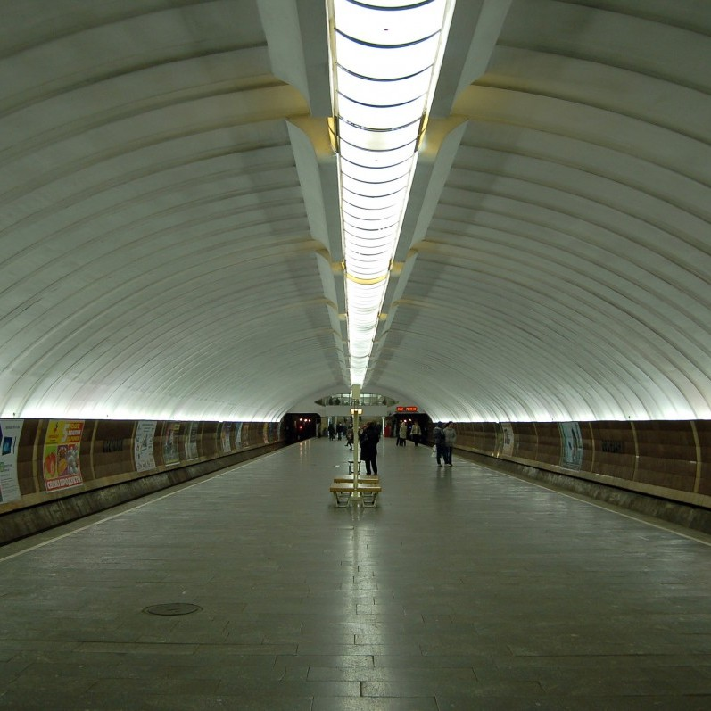 У київському метро помер пасажир