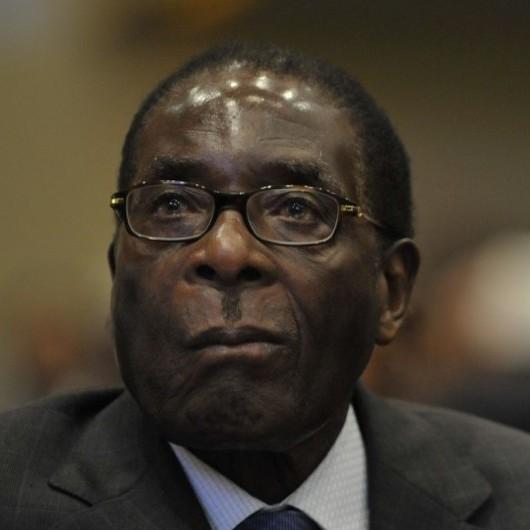 Президент Зімбабве відкрив пам'ятник самому собі