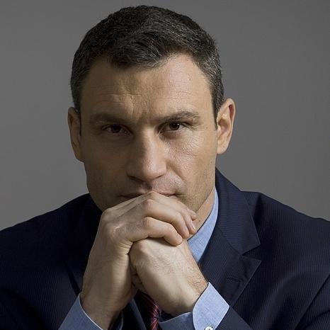 Кличко здивований закидами олімпійця Верняєва щодо неотриманої квартири в новобудові