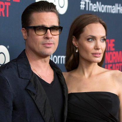 Офіційно. Анджеліна Джолі подала на розлучення.