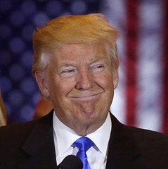 Трамп не відповів на запрошення Порошенка